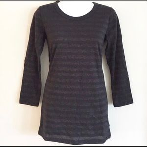 NWT!! GAP black and shimmery gold striped …
